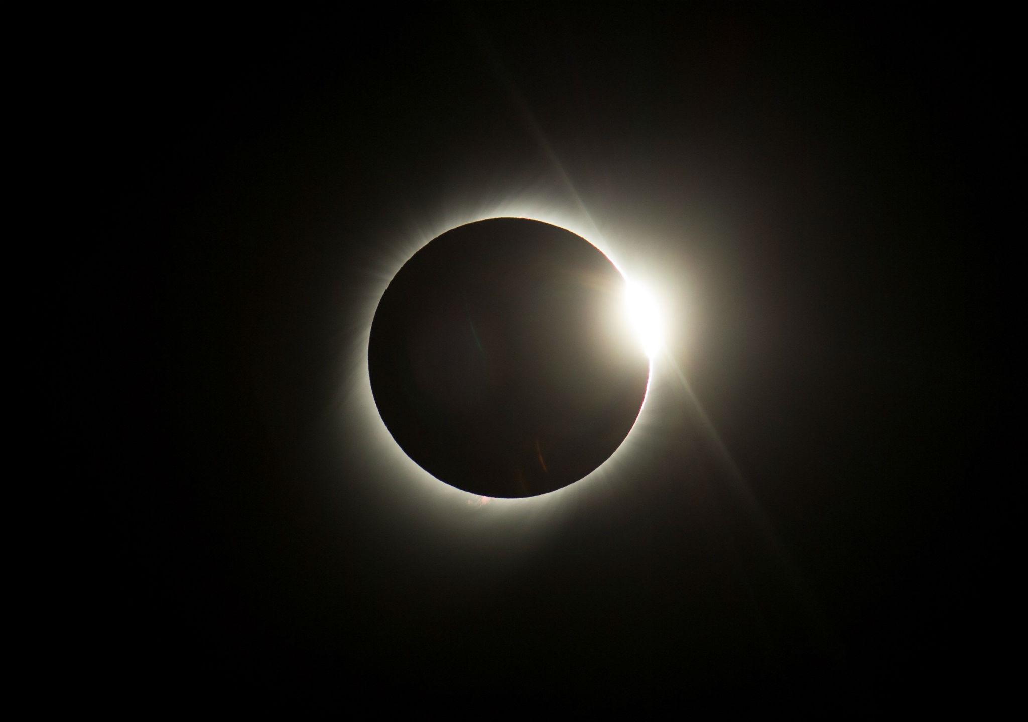 El eclipe solar total