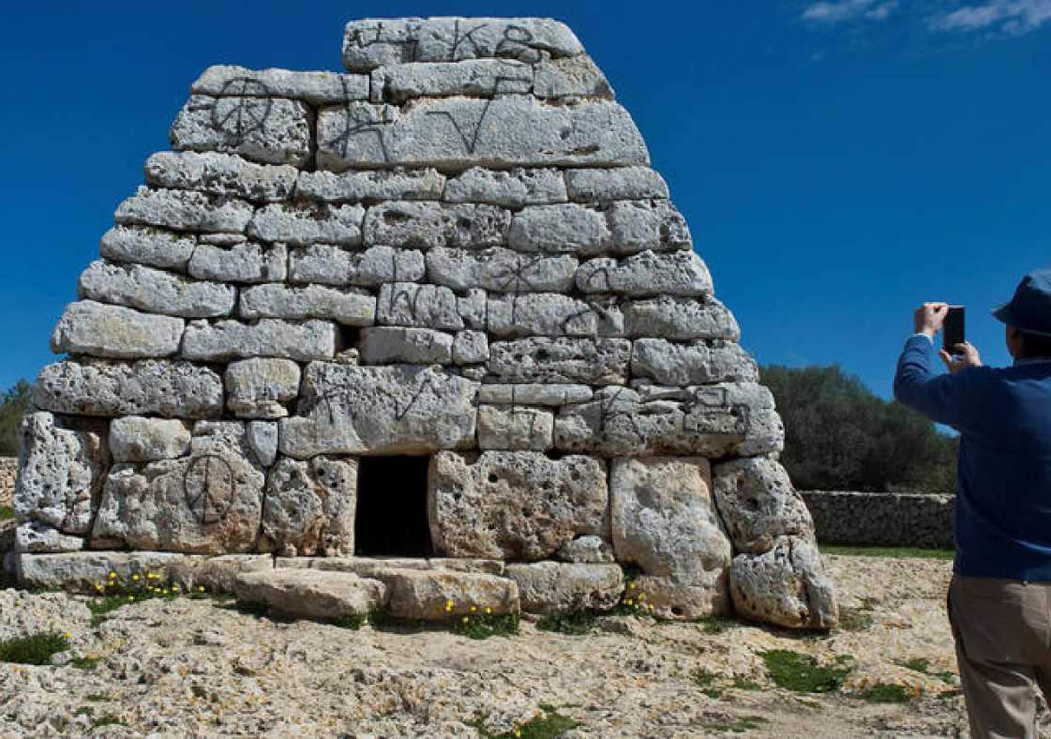 Símbolos de la paz en la Menorca Talayótica