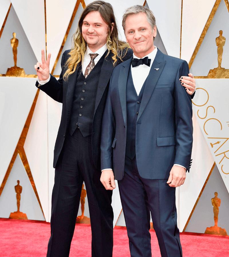 Viggo Mortensen y su hijo Henry