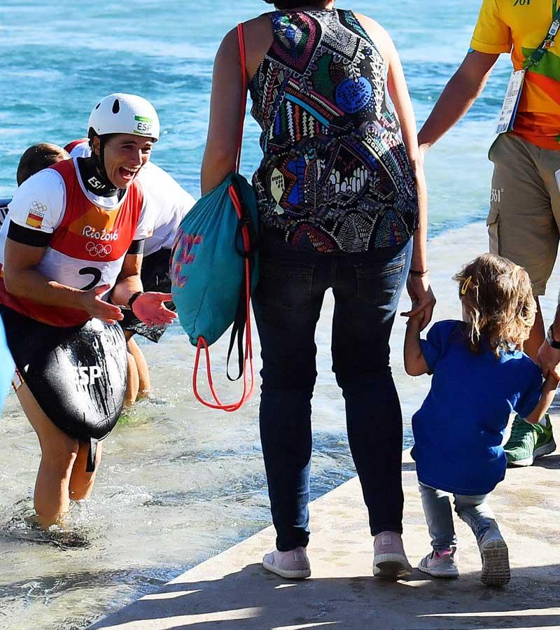 Teresa Portela entrenando con su hija